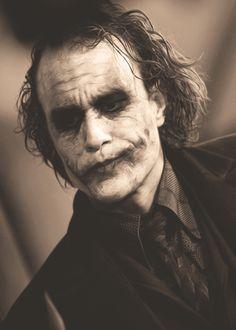 Heath Ledger as the Joker in 'The Dark Knight', Heath Ledger Joker Makeup, Joker Heath, Heath Legder, Joker Photos, Joker Images, Joker Dark Knight, The Dark Knight Trilogy, Der Joker, Joker Art