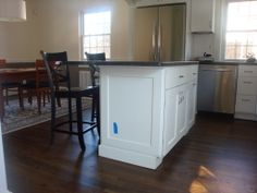 I like these Minwax Jacobean matte floors... For cabinets