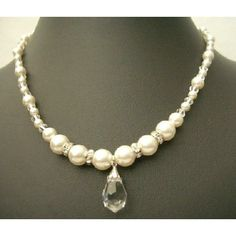 Swarovski Clear Crystals w/ Cream Peal & Silver Rondells Tea, Jewelry, Swarovski Clear Crystals gift bridal wear, Chic Swarovski Jewelry, Swarovski Pearls, Silver Pearls, Pearl Jewelry, Crystal Jewelry, Crystal Gifts, Clear Crystal, Dainty Necklace, Necklace Set