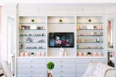 Shop Talk: Blushington Blushington, a fabulously chic Los Angeles make-up lounge. Founder Stephi Maron's vision for this beauty business began when she realized how few places offered reliable make-up services for multiple occasions. Blushington is a cheerful and insanely comfortable environment where customers can choose from an array of beauty services.