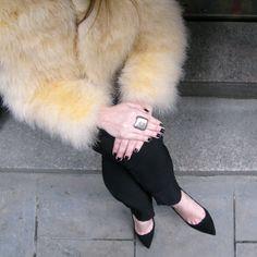 New post up! Descubre el #look de la colgada Carla K. con mono #lencero y #torera de L'Arca para la noche de San Valentín... http://wp.me/p3i7Nr-2Al  New post up! Discover hanging Carla K.'s #look with #lingerie jumpsuit and L'Arca #bolero for Valentine's night... http://wp.me/p3i7Nr-2Al