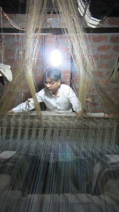 Silk weaving in Varanasi India Varanasi, Handloom Weaving, Amazing India, Indian Fabric, India And Pakistan, Silk Thread, Textile Artists, India Beauty, Fabric Art