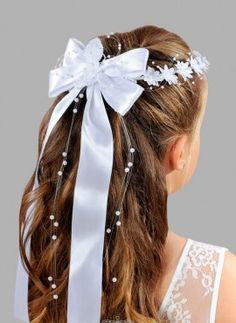 crown with bow first communion girl hair accessories online sale Informations About Coroncine Prima Kids Hairstyles For Wedding, Flower Girl Hairstyles, Little Girl Hairstyles, Diy Hairstyles, Communion Hairstyles, Girl Hair Dos, Holy Communion Dresses, Diy Hair Bows, Girls Hair Accessories