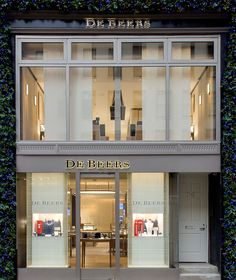De Beers is proud to announce the unveiling of its new home in New York City. The new square-foot store is located at 716 Madison Avenue between and streets. New York City Guide, Madison Avenue, Jewelry Stores, Liquor Cabinet, New Homes, Luxury, Storage, Lighthouse, Diamond Jewelry