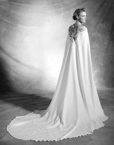Wedding Dress Pronovias 2016 Atelier unique bridal gown, wedding dress with cape, wedding ideas, bride, inspiration, haute couture, long trail, long cape gown