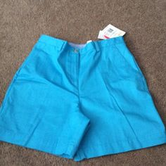 "New Liz Claiborne Shorts Size 12 Teal ,front and back pockets , 6"" inseam , belt loops , zip and button closure Liz Claiborne Shorts"