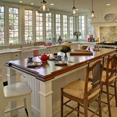 Kitchen No Upper Cabinets... perfect for looking over pool or into woods!
