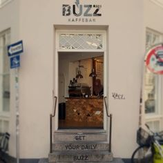 A brand story consistent from top to bottom. #Denmark #Copenhagen #buzz #dailybuzz #buzzkaffebus #coffeelove #coffeelover #coffee #coffeebar #coffeehouse #cake #cakestagram #bar #restaurant #storefronts #storefront #exterior #exteriordesign #streetlife #urban #urbanlife #citylife #travel #instatravel #cruise #instacruise #meinschiff4