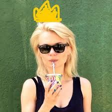 Sunglasses Women, Ray Bans, Style, Fashion, Swag, Moda, Stylus, Fashion Styles, Fashion Illustrations
