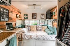 Fabulous RV Camper Vintage Bedroom Interior Design Ideas Worth to See - Page 6 of 35 Camper Interior Design, Campervan Interior, Rv Interior, Interior Ideas, Trailer Interior, Volkswagen Bus Interior, Interior Cladding, Motorhome Interior, Camper Life