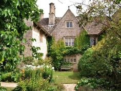 "nordicsublime:  ""Kelmscott manor - andrewsbrown  """