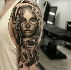 115 Santa Muerte Magnificent Ideas For The Unique Tattoo Designs Chicano Tattoos, Body Art Tattoos, New Tattoos, Girl Tattoos, Tattoos For Guys, Maori Tattoos, Unique Tattoo Designs, Tattoo Sleeve Designs, Unique Tattoos