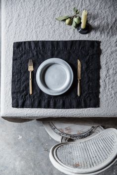 The holidays are here! New placemats in black, indigo and charcoal. Fabric Placemats, Blush Roses, Natural Linen, Linen Fabric, Indigo, Charcoal, Holidays, Elegant, Eat