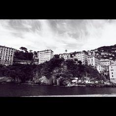 Camogli - Liguria Fotografato con Canon450D - Grandangolo filtro rosso