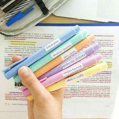 High School Life, Life Hacks For School, School Study Tips, Exams Tips, Study Organization, Study Methods, Bullet Journal School, Cute School Supplies, Lettering Tutorial