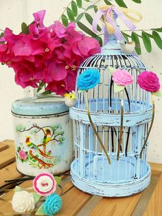 headband storage on birdcage  @Christina Gayton, I totally thought ot you when I saw this!  :)