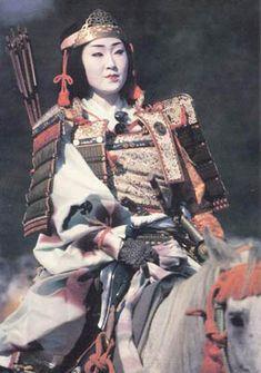 Onna bugeisha or female samurai Japan Japanese History, Asian History, Women In History, Japanese Culture, Real Samurai, Samurai Armor, Kendo, Photo Japon, Bushido
