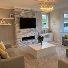 Lara Walker has used our stunning sparkle ice grey split face mosaics. The beautiful crystal white & grey real quartzite will add glittering glamour and the 'wow' factor to any feature wall. Stone Wall Living Room, Feature Wall Living Room, Accent Walls In Living Room, Grey Wall Tiles, Wall Tiles Design, Fireplace Feature Wall, Modern Fireplace, Fireplace Wall, Grey Feature Wall