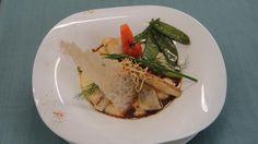 Risotto aux asperges sublimé par son dos de sandre rôti #Beaujolais #LeChatard #Restaurant
