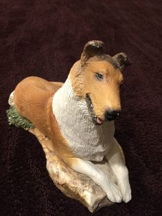 LARGE SMOOTH COLLIE SABLE WHITE FIGURINE ARTIST SIGNED