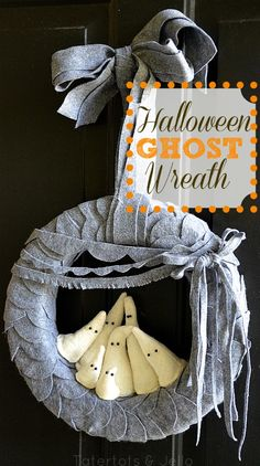 Halloween Felt Ghost Wreath DIY and Printable Scallop Template ... http://tatertotsandjello.com/2012/09/halloween-felt-ghost-wreath-and-printable-scallop-template.html#
