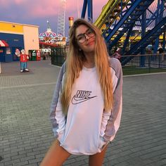 "16.6k Likes, 88 Comments - Elisabeth Rioux (@elisabeth.rioux) on Instagram: ""Happy puppy vintage nike hoodie from @aeryne_paris """