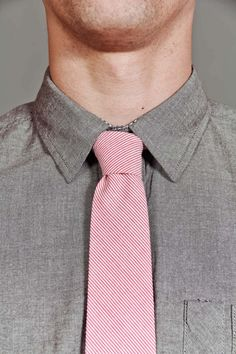 Lovvve the gray & the pink. && the tie is only $16.99