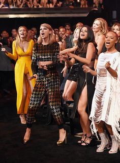 Squad dancing at the VMA's