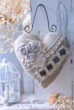 Fabulous Tips and Tricks: Shabby Chic Dining Plate Racks shabby chic ideas repurposed.Shabby Chic Bedroom On A Budget. Shabby Chic Crafts, Shabby Chic Decor, Valentine Crafts, Valentines Day, Valentine Ideas, Decoration Shabby, Fabric Hearts, Fabric Flowers, I Love Heart