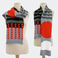 Graphic scarf with circles, stripes and squares, inspired by italian design from the Merino wool Size: ( x Wash at wool program, dry flat Merino Wool, Stripes, Knitting, Design, Fashion, Tricot, Moda, La Mode, Breien