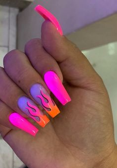 Nails stiletto These are flaming hot! The summer season is a perfect excuse to try brighter and bolder colors on your nails! Check out these incredible nail designs and recreate a few before the summers over ; Glow Nails, Aycrlic Nails, Swag Nails, Toenails, Stiletto Nails, Summer Acrylic Nails, Best Acrylic Nails, Summer Nails, Colored Acrylic Nails