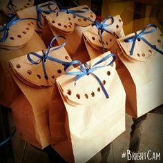 Lindas, económicas y sencillas de hacer bolsitas de papel para dulces o cualquier regalo
