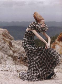 houndstooth gown - segura mente vere algo mucho mejor en la nueva colección de  @AbnerGil inspiration!