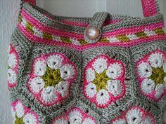 "Daisy   Crochet ""African flower"" bag ""Daisy"". Handdyed cotto…   Flickr"