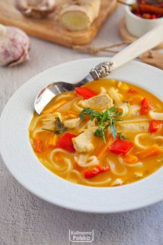 Soup Recipes, Cooking Recipes, Chow Mein, Thai Red Curry, Food Porn, Food And Drink, Tasty, Favorite Recipes, Lunch