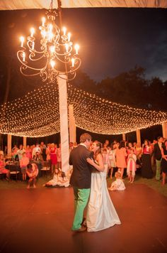AK Brides Wedding Planning Services Cafe lighting by Design