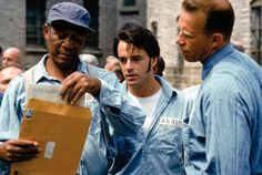 Still of Morgan Freeman and Gil Bellows in The Shawshank Redemption (1994)