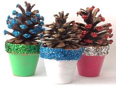 Pine Cone Christmas Trees Add glue on the tip of your pine cones and put glitters. The output is so cute!