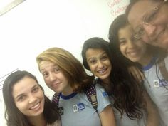 Blog do Inayá:Inayá deixa saudade! Ex-alunas visitam a escola para rever amigos