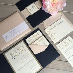 Navy Blush and Gold Wedding Invitations von InspirationIDoDesign