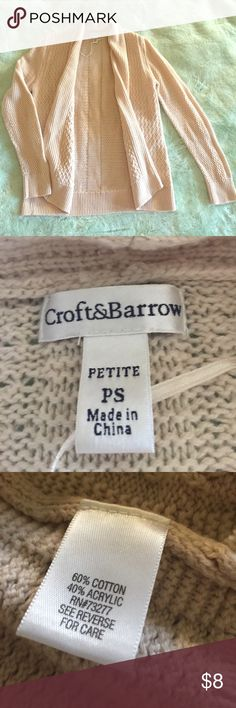 Croft&Barrow knit cardigan Petite Small Cream colored, soft and lightweight.  EUC - please see pics.  Perfect for a spring night 💙 croft & barrow Sweaters Cardigans