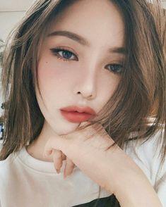 68 trendy makeup korean pony make up - Natural Makeup Paso A Paso Asian Makeup Trends, Korean Makeup Tips, Korean Makeup Look, Korean Makeup Tutorials, Asian Eye Makeup, Makeup Ideas, Asian Makeup Natural, Makeup Inspiration, Korean Makeup Ulzzang