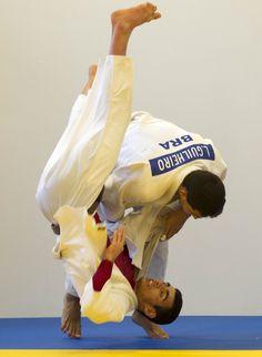 Top 5: Japão domina lista de judocas preferidos de Leandro Guilheiro   #globoesporte