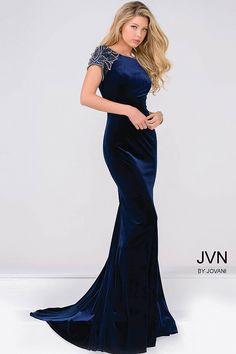 Midnight glam in this velvet dress JVN41449
