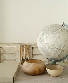 I really like World Globes.. not those icky blue things we used at school though.. this one is so much nicer.