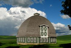 Round BARN This is a great barn. If it were mine it would soon be a house.