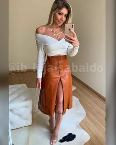 Western Outfits, Western Wear, Work Fashion, Fashion Outfits, Womens Fashion, Skirt Outfits, Cool Outfits, Skirt And Top Dress, Long Pencil Skirt