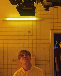 "Louis Hofmann on set of the short film ""600 Nanometer"" Louis Hofmann, On Set, Short Film"