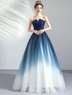 Toastmaster Lace-Up mangas vestido de baile vestidos de noite - Evening Dresses - Evening Dresses Online, Ball Gowns Evening, Elegant Ball Gowns, Pretty Prom Dresses, Long Dresses, Simple Dresses, Casual Dresses, Formal Dresses, Dresses Dresses