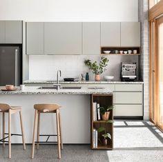 Kitchen Interior, Interior Design Living Room, Sussex Taps, Kitchen Dining, Kitchen Cabinets, Upper Cabinets, Luxury Interior Design, Design Trends, Design Ideas